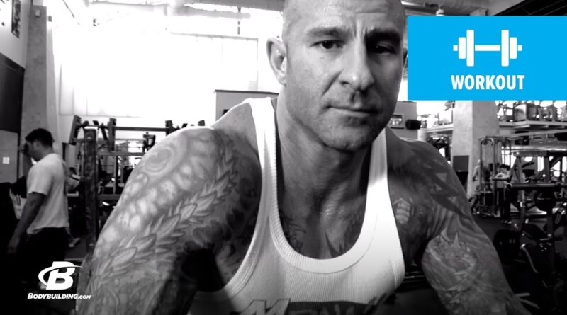 Are You Using The Wrong Chest Exercise? | Jim Stoppani